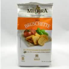 salg af Bruchetta med tomat og basilikum